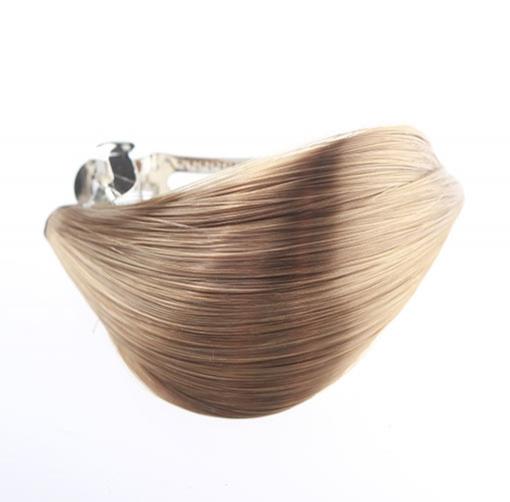 ... Predlžovanie vlasov a účesy - Elegantná spona do vlasov s vlasovým  prameňom ... 46e6d9acb2