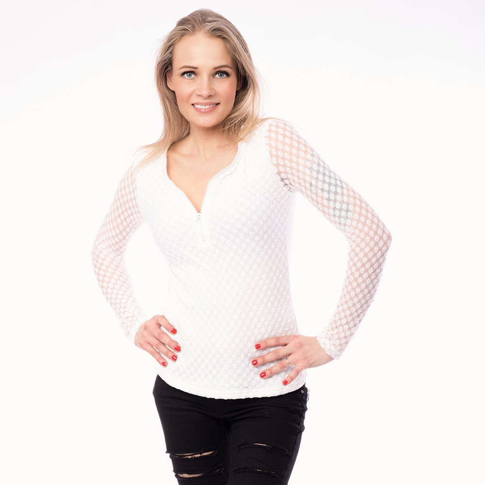 ea6dd448e71a Dámska móda a doplnky - Dámska čipkovaná blúzka so zipsom - biela ...