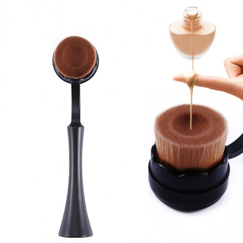 Kozmetický štetec na make up - plochooválny štetec