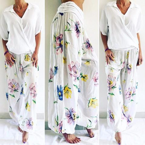 Dámske háremové nohavice - sultánky biele s kvetmi