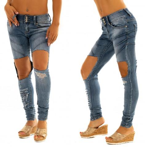 Jeans s aplikáciou a trhaním