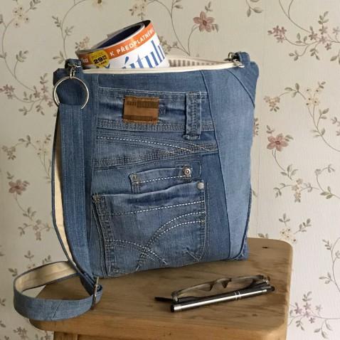 Džínsová taška s vreckami