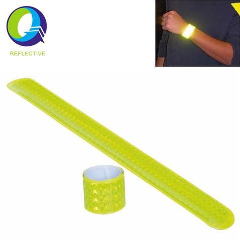 Reflexná páska samonavíjacia 45 cm