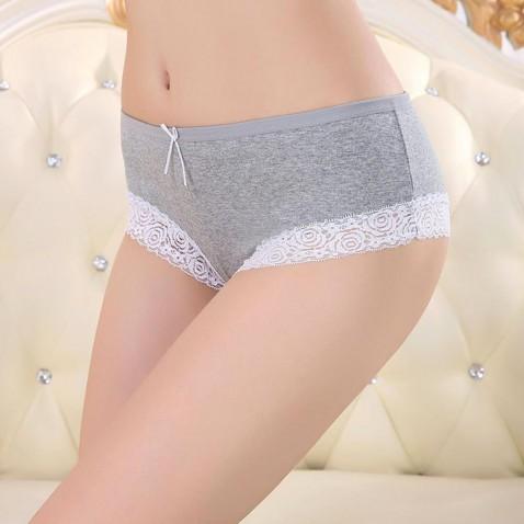 Dámske bavlnené nohavičky s čipkou - šedé