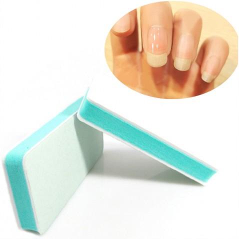 Jemný pilník na nechty s leštičkou po obvode
